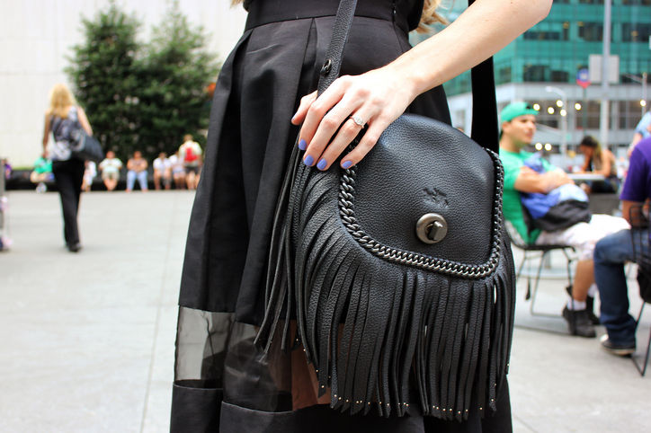 fringe-black-leather-coach-bag-w724
