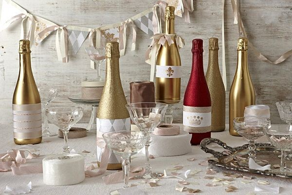 gold shining new years wine bottles for 2015 - new years decor new years craft wine glasses-f60532